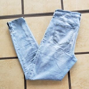 Old Navy Jeans - Old Navy Rockstar Midrise Ankle Skinny Jeans